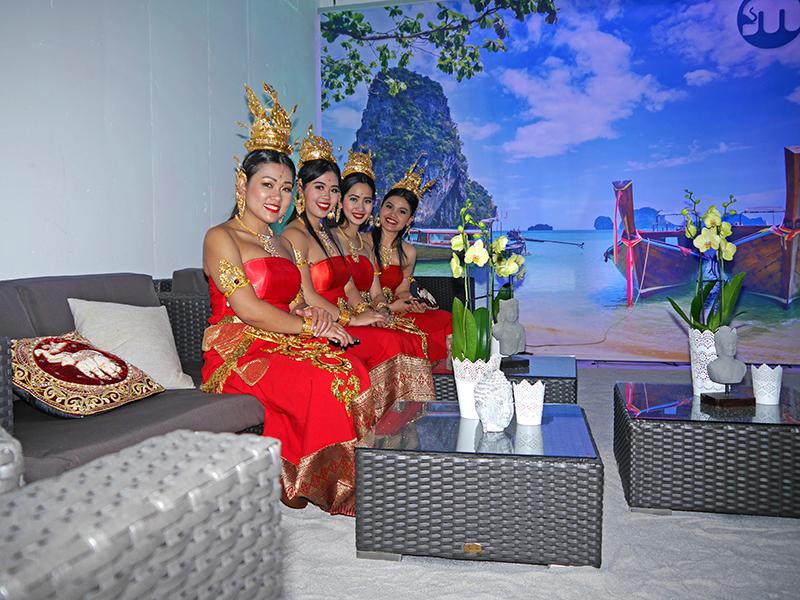 MIDAS goes Thailand – farbenfrohe Kostüme in der MIDAS-Lounge